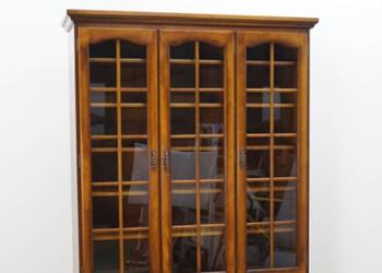 カリモク 書棚